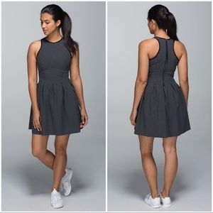 Lululemon Athletica Here To There Biggy Dot Sz 4